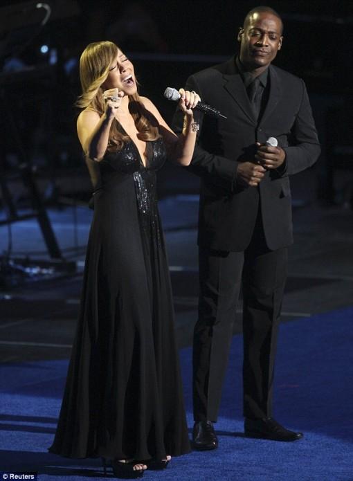 Mariah Carey canta em homenagem a Michael Jackson